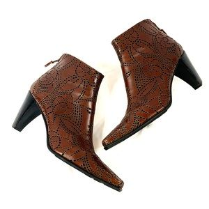 Stuart Weitzman Brown Leather Sculpted Booties 9.5